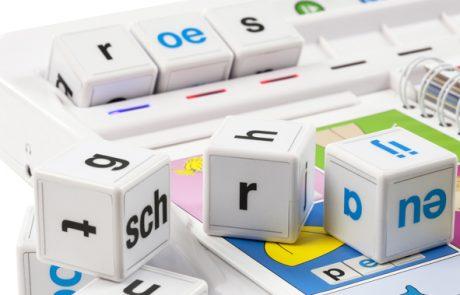 Ontwikkeling van educatieve en interactieve letterblokken