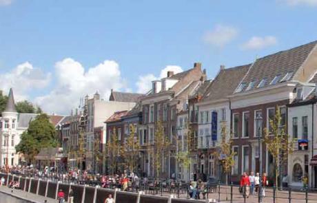 Bruisend Waterplein Breda